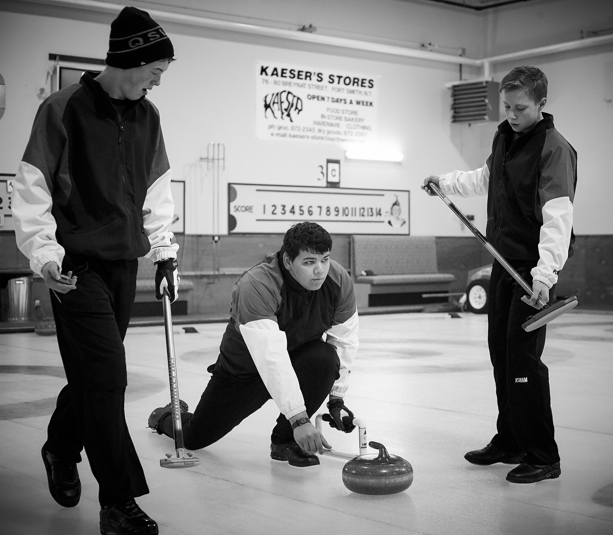 _O3Q7071_2018-Arctic-Winter-Games_Web-Gallery-JPEG-80-Full-Size-(sRGB).jpg